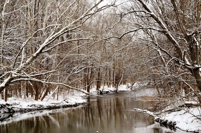 Snow on the Mohican River
